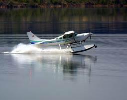 Wasserflugzeug mit Lunch f�r Zwei
