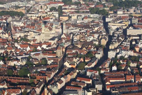 Augsburg aus der Luft - im Ballonkorb